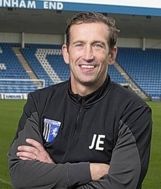 Photos/Justin Edinburgh.jpg